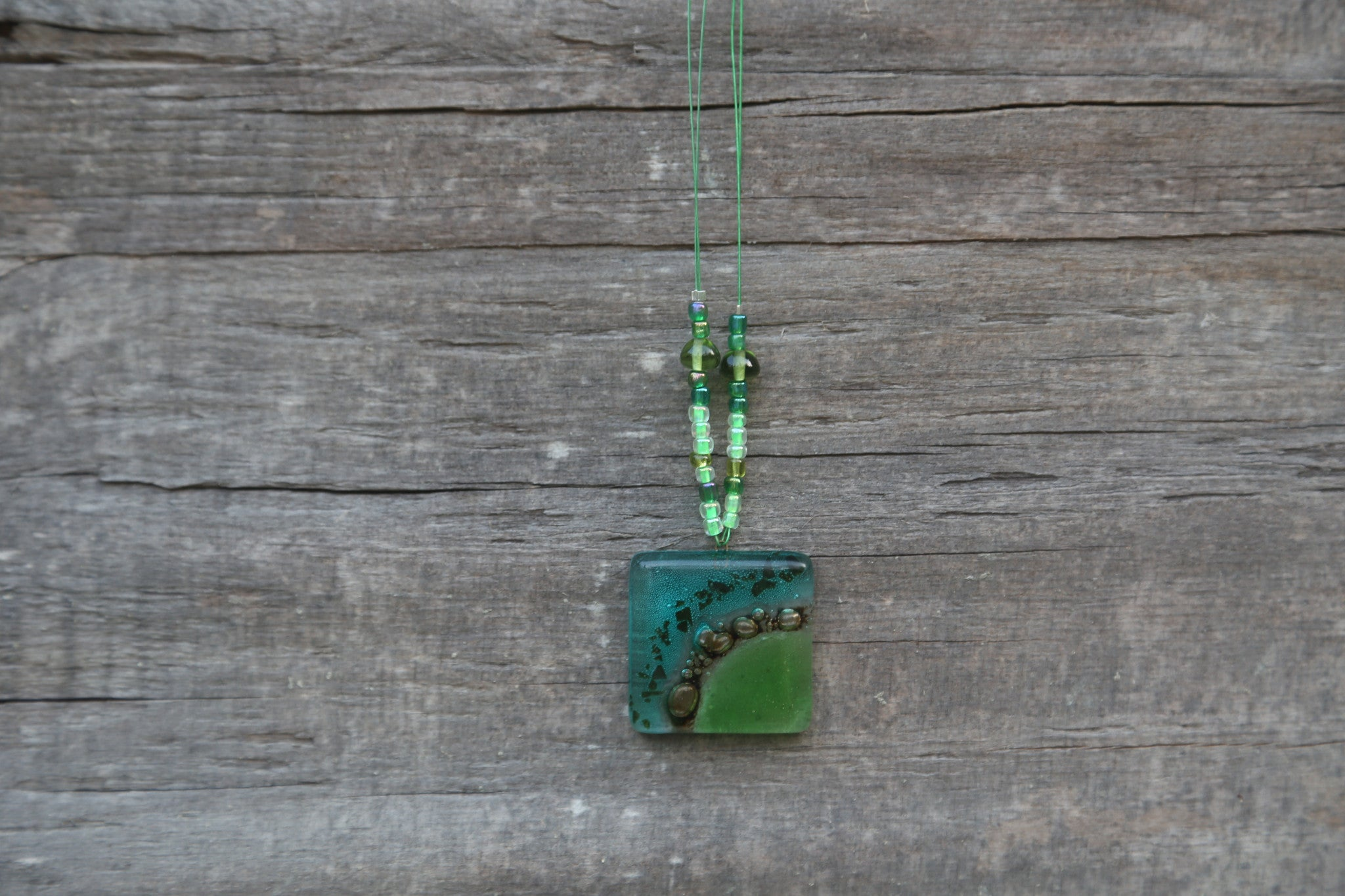 Hu Pendant Necklace in Green