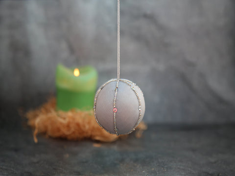 Ornament - Silver/White Ball