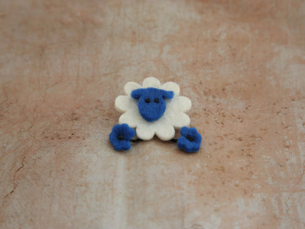 Brooche - Sheep