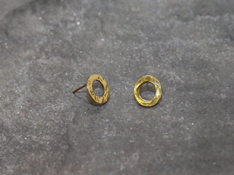 EarringsHammered Circle Stud