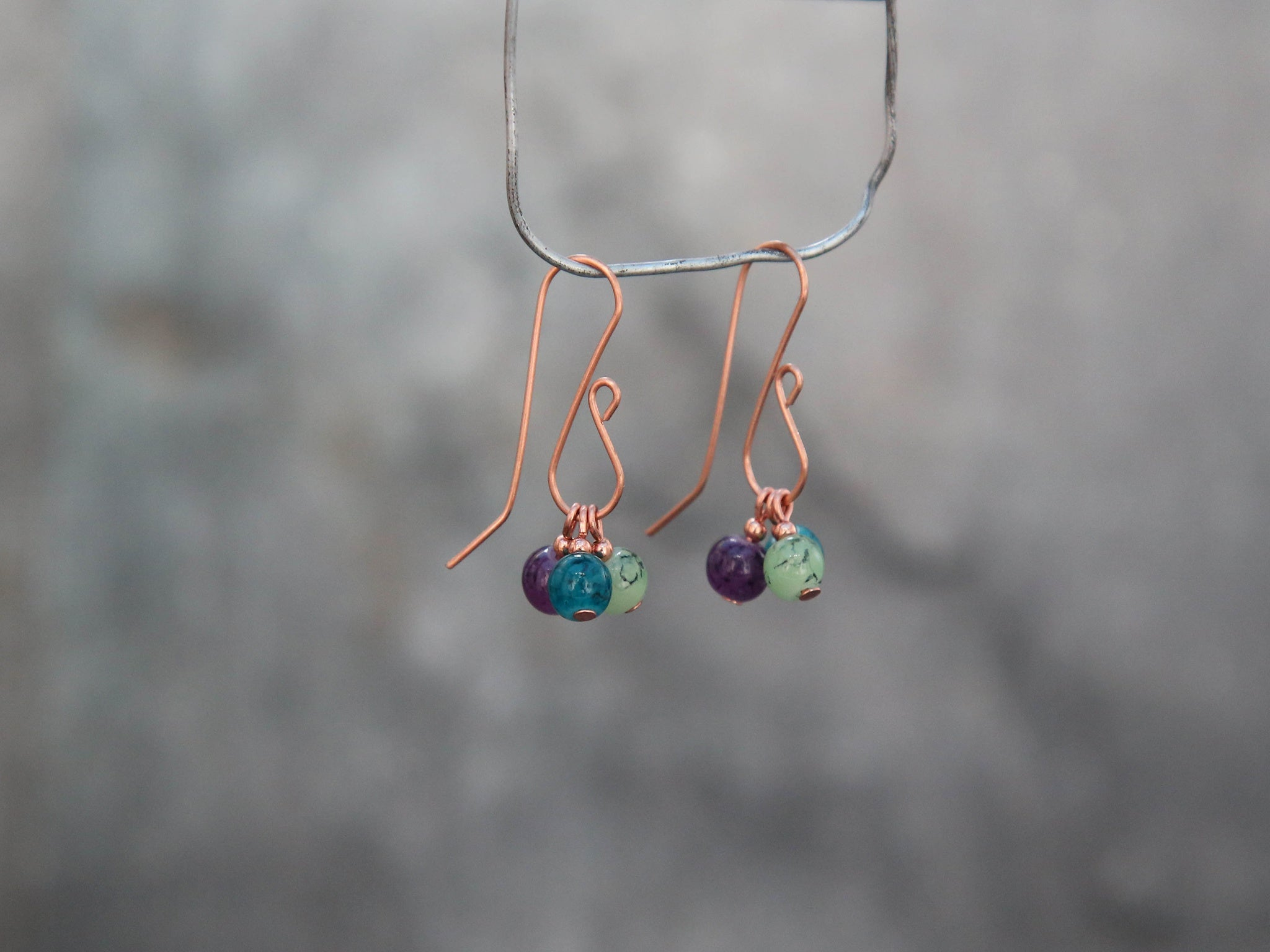 Copper hook earrings with changeable print beeds