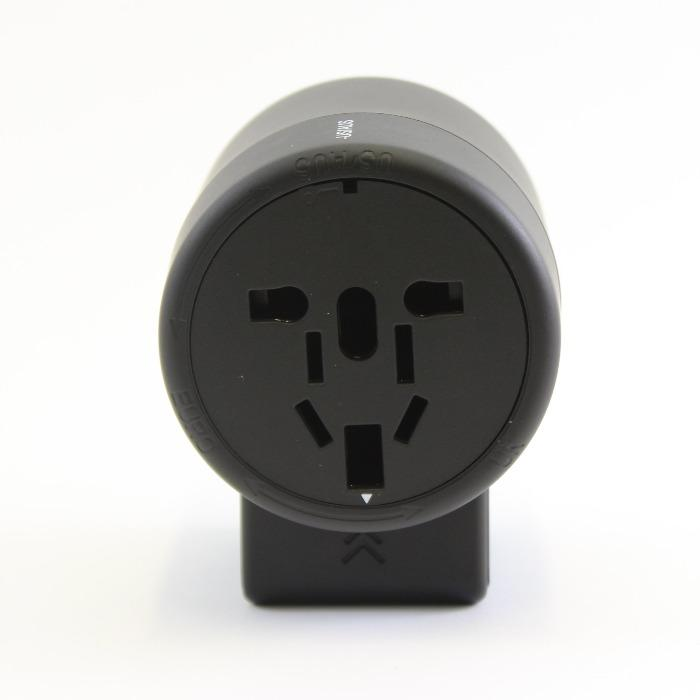 universal-travel-power-adapter-with-usb