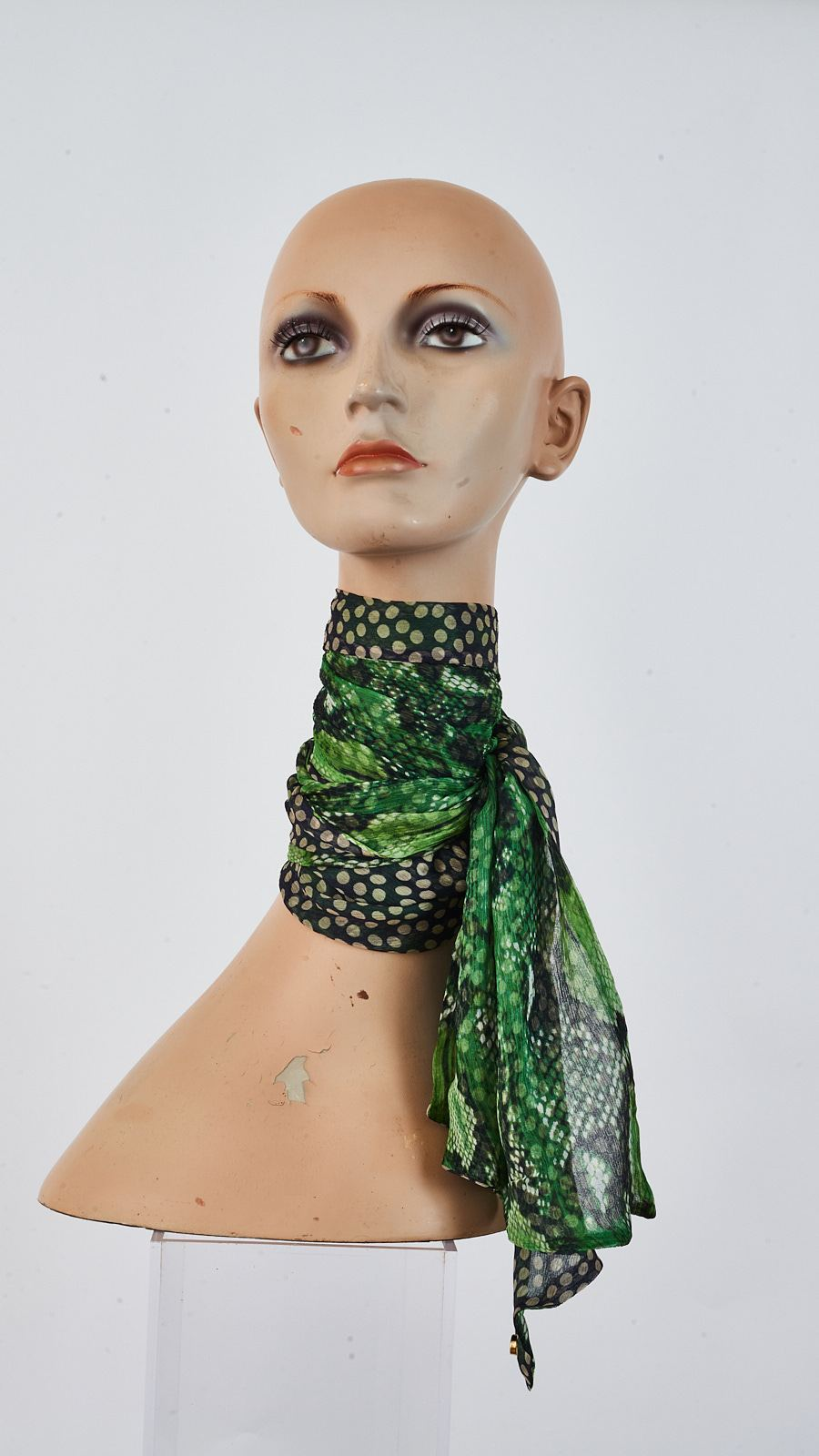 Printed mousseline silk long biais scarf tied around neck