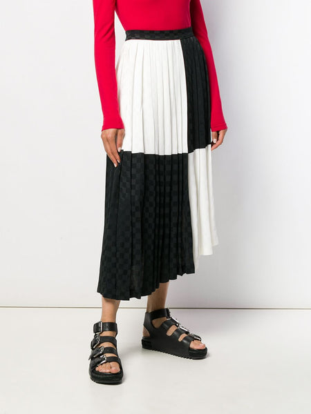 MONOCHROME BLOACK PLEATED SKIRT