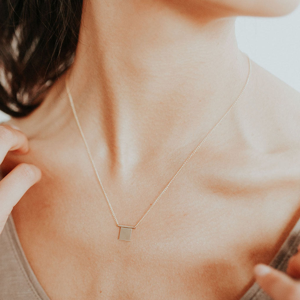 Geometric Cubic Necklace - Favor Jewelry