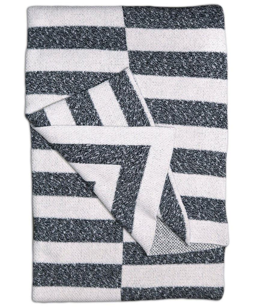 Marled Gray & White Aquino Patterned Throw Blanket