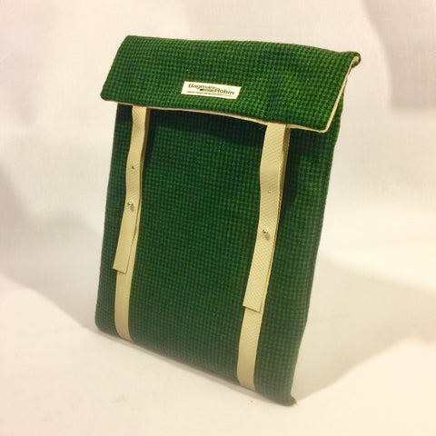Green dog tooth Laptop Sleeve