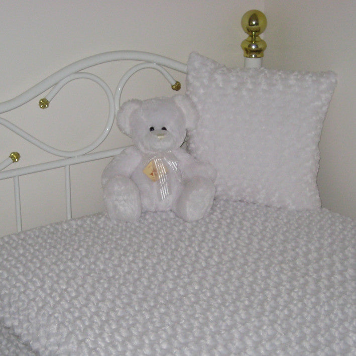 faux fur single bed blanket with matching pillow white