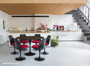 The amazing 120cm Saarinen Black Marble Tulip set with red cushions