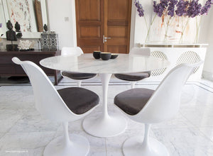 Main view of 120cm marble Tulip table, 4 tulip side chairs with grey cushions