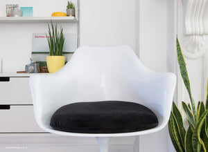 Close up view of the Tulip Arm Chair with black cushion