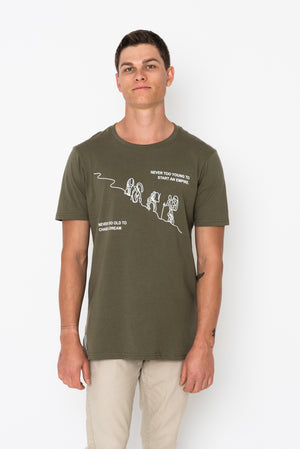 Men's Crew Neck T-shirt - Mountain Climbers 1