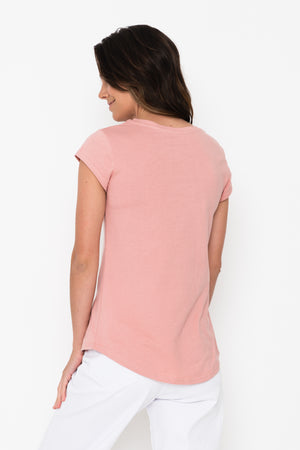 Women's Scoop Hem T-shirt - Flamingo