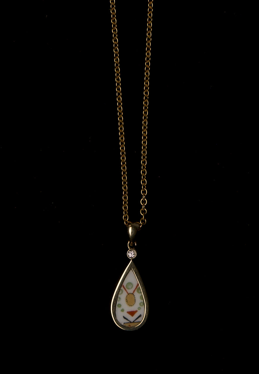 14K YG Porcelain Tear Drop & diamond pendant