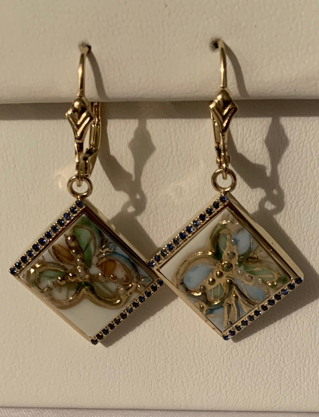 14K YG Earrings; Square Porcelain (Gold Flower)with Sapphires