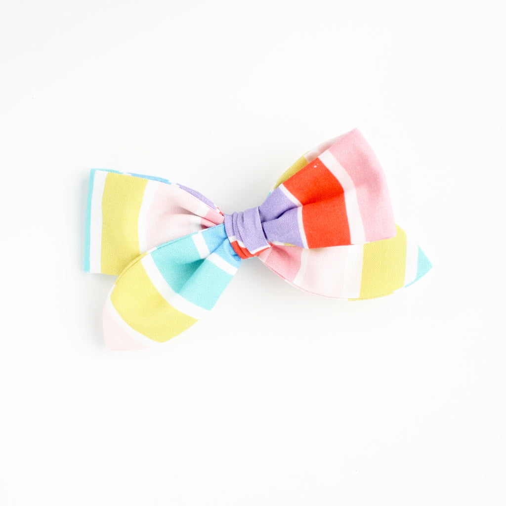 COLOR BAR Oversized Skipper Bow