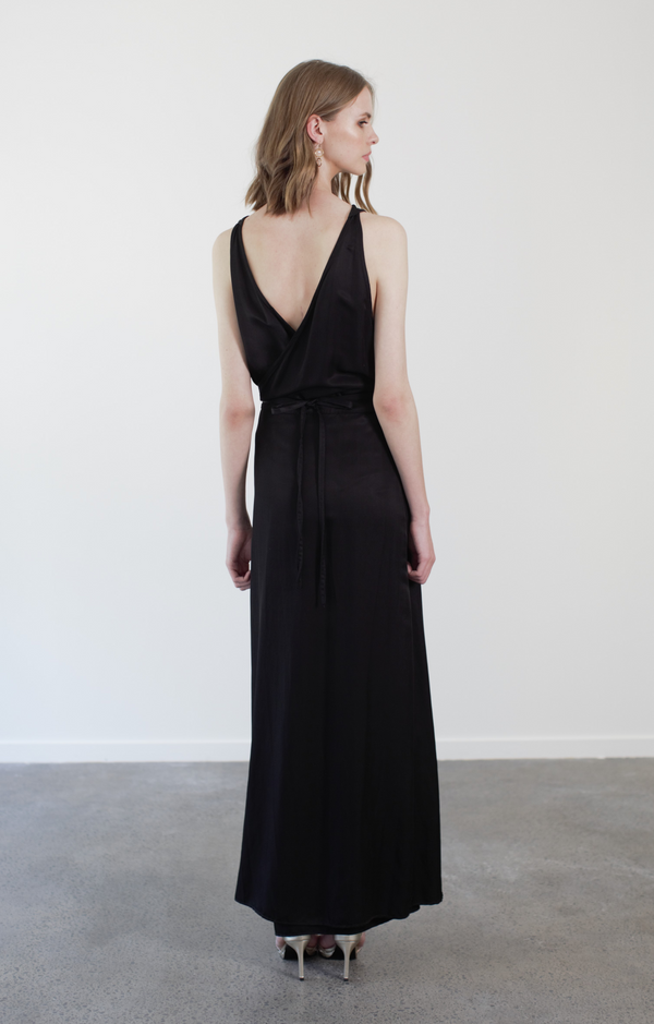 JUDEENA WRAP - BLACK SATIN