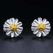 Load image into Gallery viewer, Chrysanthemum  Daisy Flower 925 Sterling Silver Earrings