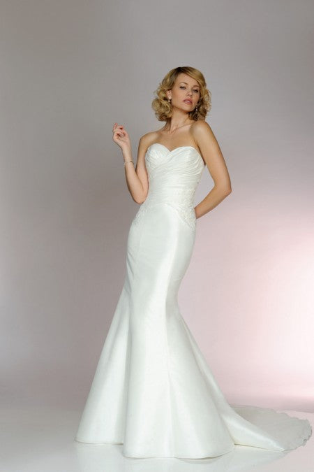Ivory Taffeta Mermaid Bridal Gown - 5554 by Benjamin Roberts