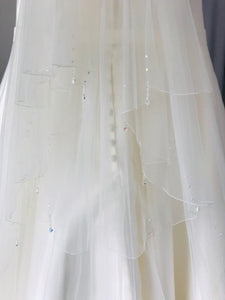 Flavia - Beautiful Veil with Crystals & Pearls