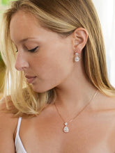 Load image into Gallery viewer, Margot Rose Gold Pendant Set