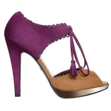 Load image into Gallery viewer, Limited Edition Love Art Wear Art peep toe sandals in Kid Suede