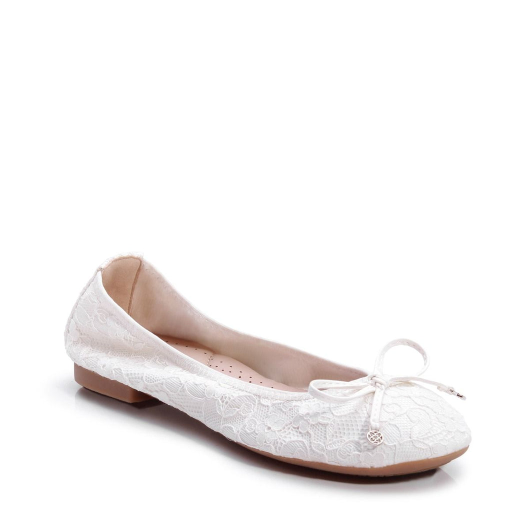 Xeelia - Ivory Lace Comfort Ballerina by Paradox London