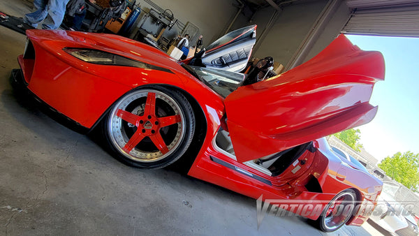 Acura NSX featuring Vertical Lambo Doors Conversion Kit by Vertical Doors, Inc. and body kit by Santarsiero Concepts.