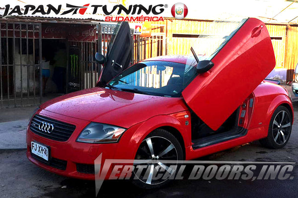 Installer | JAPAN TUNING SUDAMERICA PE | Audi TT  with a Vertical Doors, Inc., vertical lambo doors conversion kit.