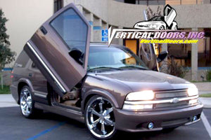 Chevrolet Blazer 1995-2005 Vertical Lambo Doors Conversion Kit