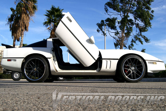 Chevrolet Corvette C-4 1984-1996 Vertical Lambo Doors Conversion Kit