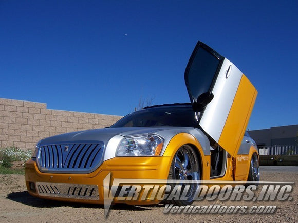 Dodge Magnum 2004-2008 Vertical Lambo Doors Conversion Kit