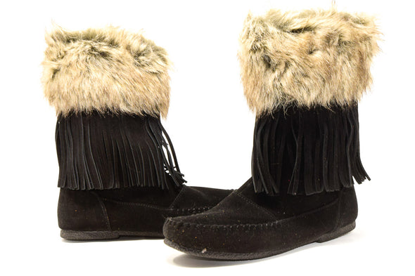 Minnetonka Women's Calf Hi Fur Trimmed Fringe Boots in Black