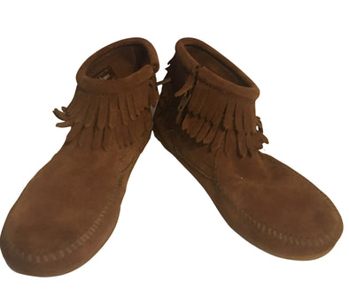 Minnetonka Big Kids Double Fringe Side Zip Suede Cinnamon Brown #2292