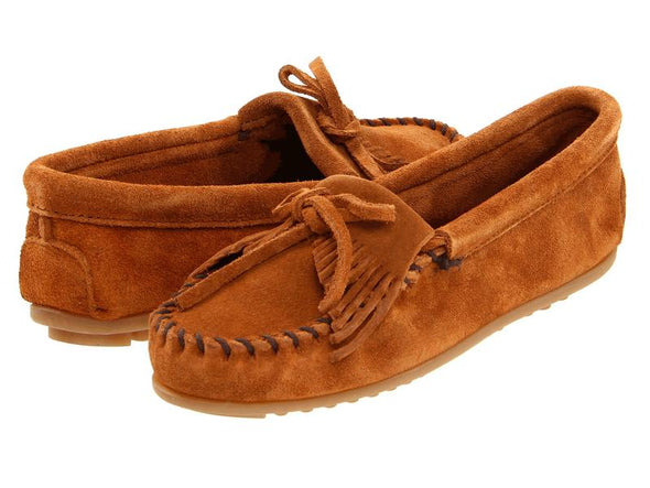 Minnetonka Women's #402 Brown Kilty Suede Leather Moccasin Runs Large