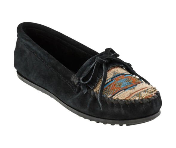 Minnetonka Women's #470 Black El Paso Kilty Suede Leather Moccasin Runs Large