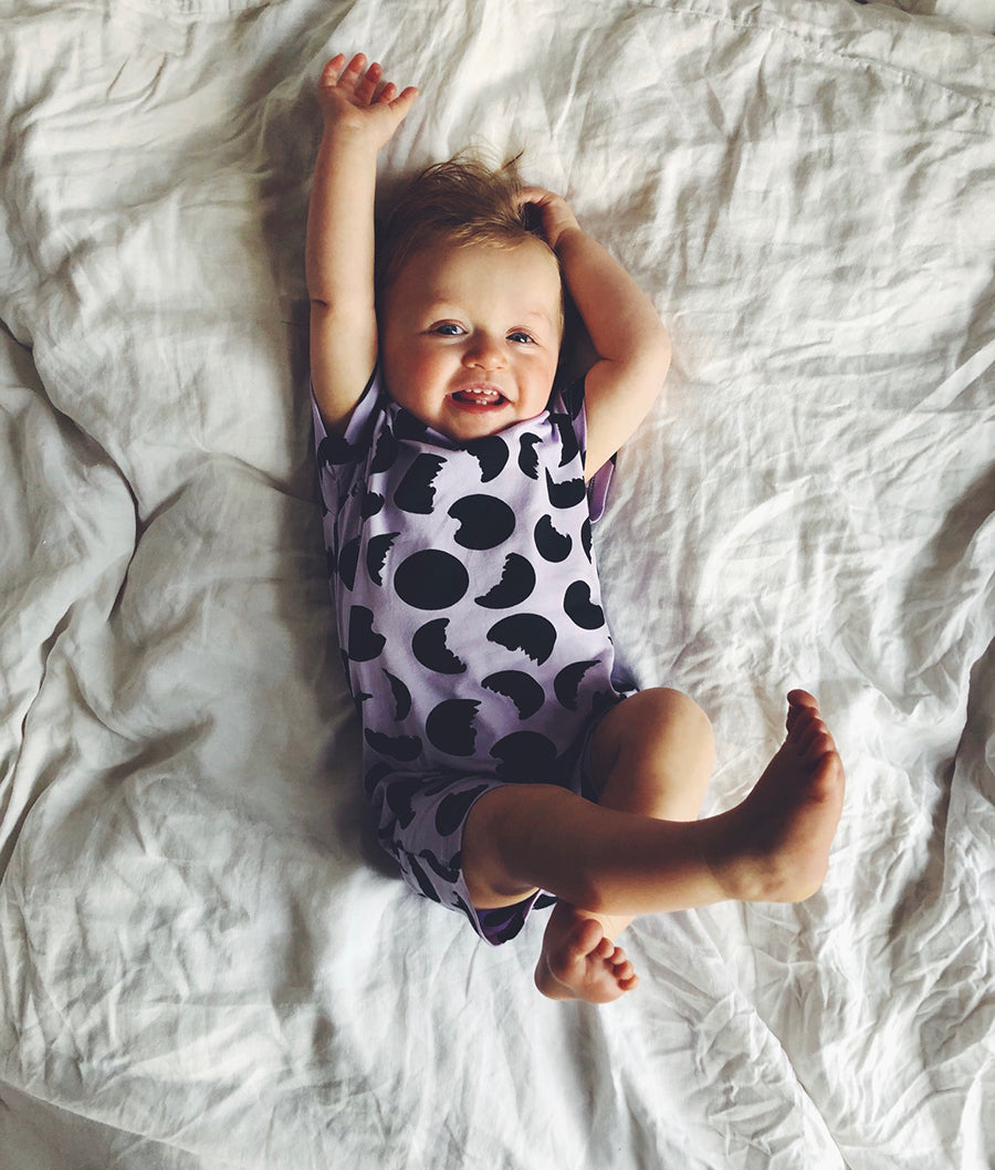 SHORT MONTY SLEEPSUIT -  MOONS LILAC