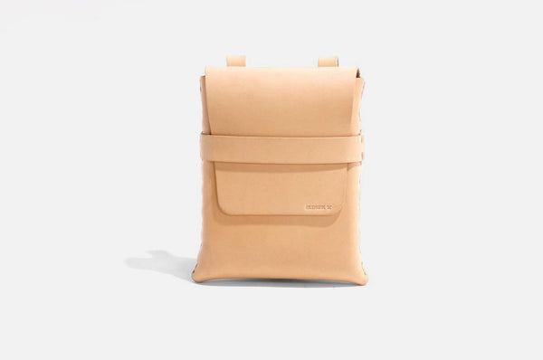 No. 123 Shoulder Pouch in Natural Leather