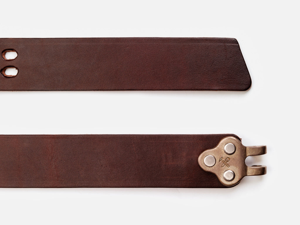 No. 150 Claw Buckle Belt