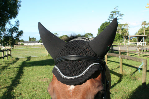 Equiline Soundless Earnets With Trim and Bling