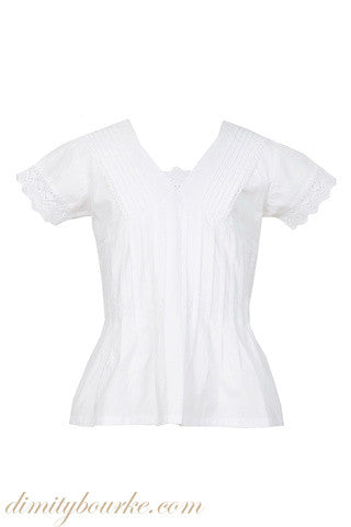 Gils designer tailored blouse in soft 100% Indian cotton with lace trim and pin tucks front and back.