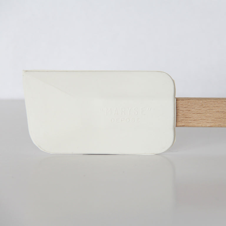 MEDIUM RUBBER SPATULA