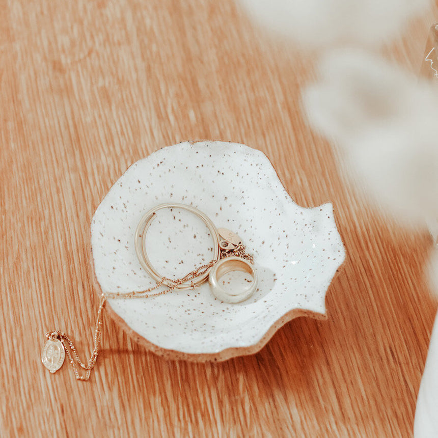 shell jewellery dish | kami & kindred
