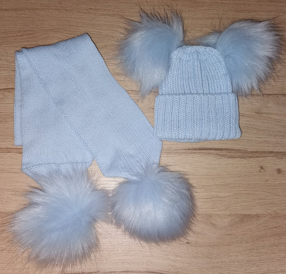 Luxury baby blue double pom pom hat