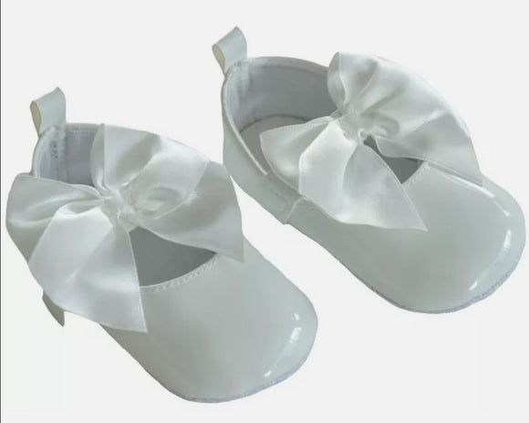 White bow pram shoe