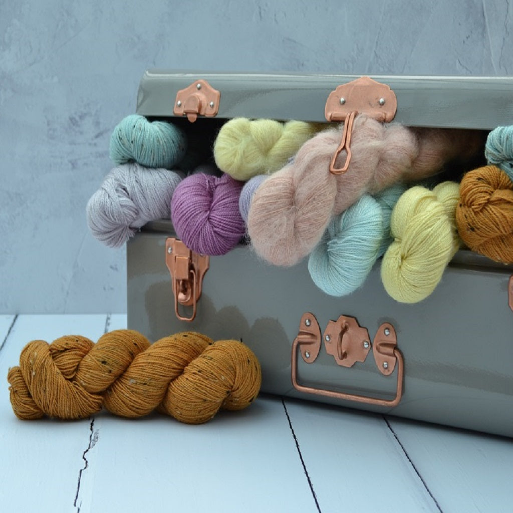 Hand dyed yarn - 100% Natural dyes - hand dyed at the FelinFach Dye Studio