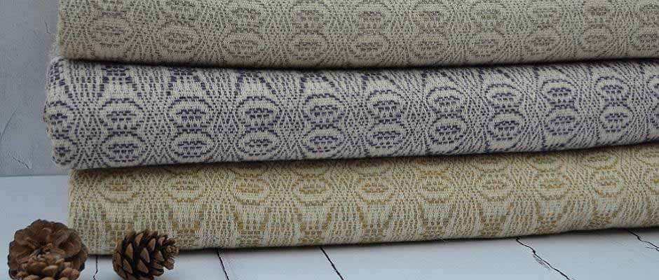 Welsh blankets and throws - Pure new wool blankets and throws traditionally woven in Wales using looms and 100 year old skills and processes – Large TalyBont king sized blanket in Mary Jane pattern