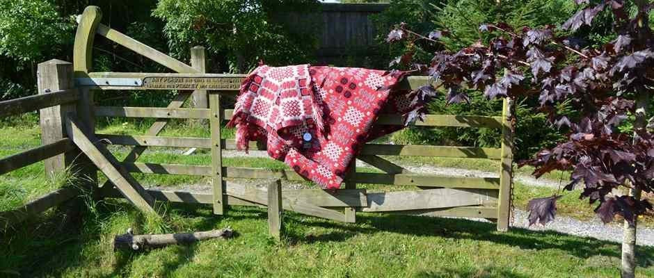 Welsh tapestry blanket - Hiraeth - Carthen - Carthenni