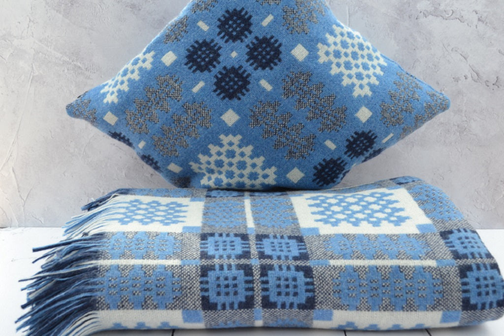 Blues /& Greens British Made Welsh Tapestry Style Reversible Wool Blanket Throw