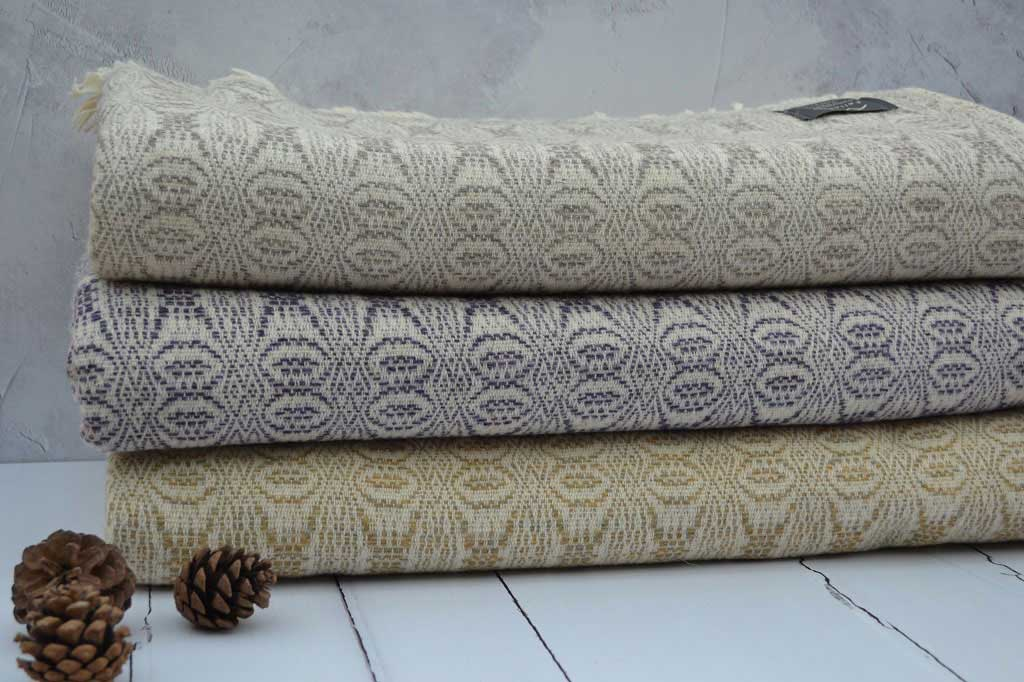 Welsh blankets - 100% new wool - woven in wales - TalyBont - FelinFach
